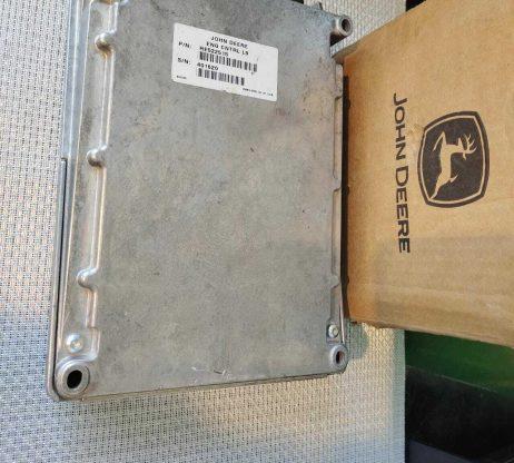 RE522515 John Deere ECM Controller